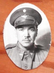 Sgto. 1o. Arm Carlos Valdés León