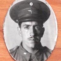 Sgto. 2o. Arm. David Santana García. + 1994.