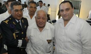 El Sgto. 1/o. Trans. Ret. Francisco Elías Díaz Aguayo, miembro de la Delegación Quintana Roo, de la AMV II GM.A.C. participo en la Celebración del 99 Aniversario de la Fuerza Aérea Mexicana, celebrada  en la Base Aérea No. 4 de Cozumel, Q.R.  En compañia del Gral. de Grupo PADEMA Javier Edurado Alvarado Roa, Comandante de la Base y el Gobernador de Quintana Roo, Roberto Borge Angulo, el pasado 10 de febrero.