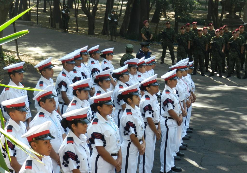 """A la Ceremonia asistiot la Banda de Guerra """"Escuadrón 201"""" de la Escuela Secundaria No. 4 de Nuevo laredo, Tamps. invitada por la FAM."""