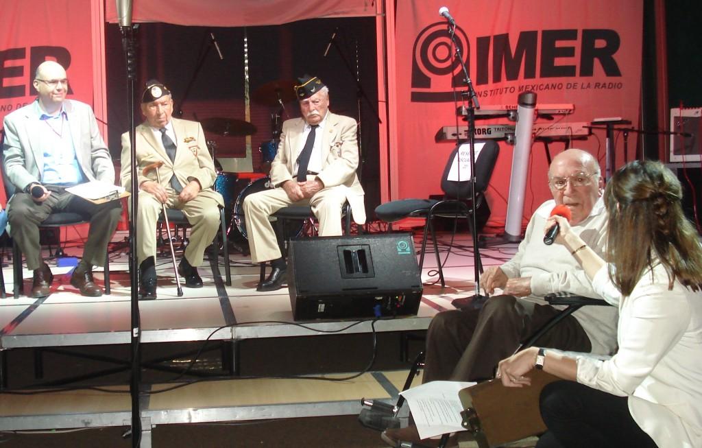 Los Veteranos entrevistados por Ileana Rodríguez y Pepe Campa, conductores del programa, platicaron de sus experiencias durante la Guerra.