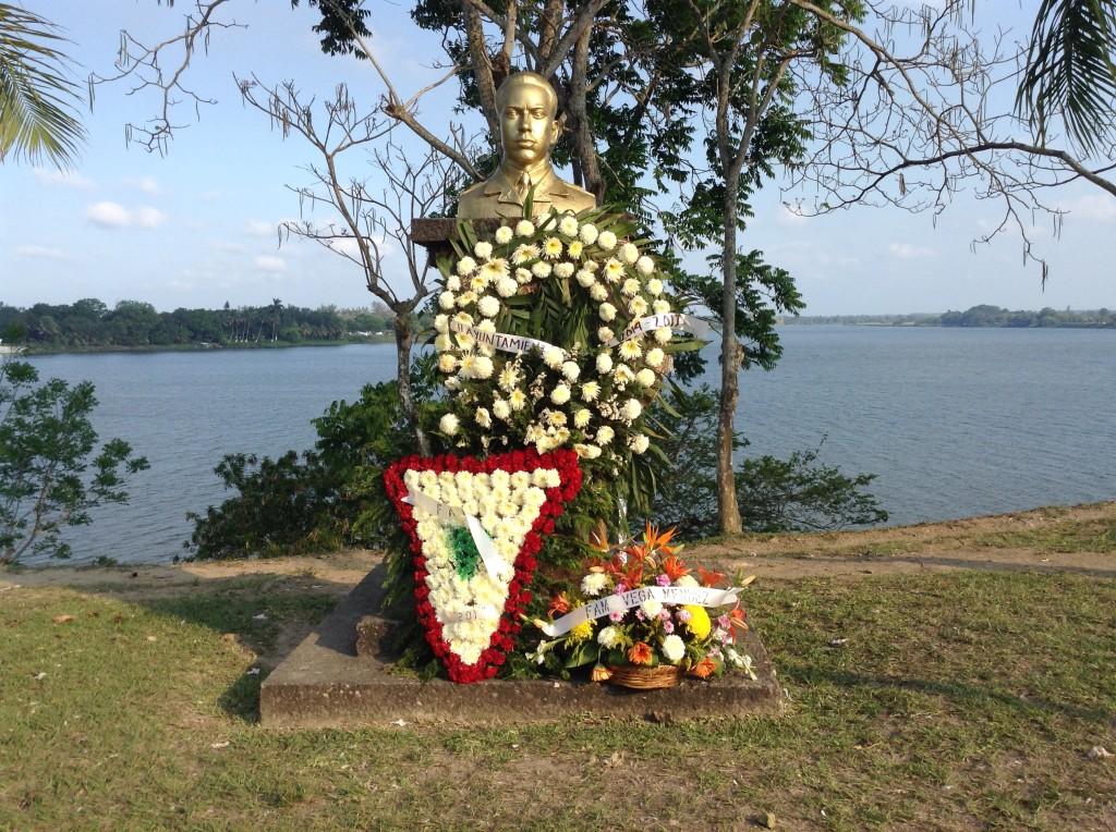 Monumento en su Honor erigido en su natal Tuxpan, Veracruz