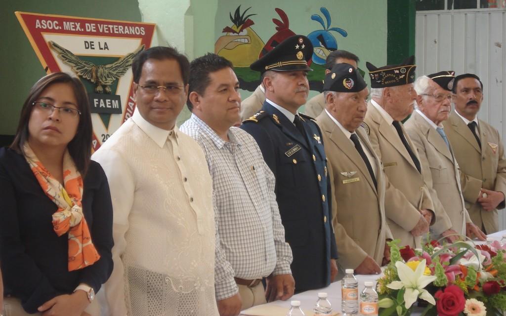 Presidium durante el festival en su honor.