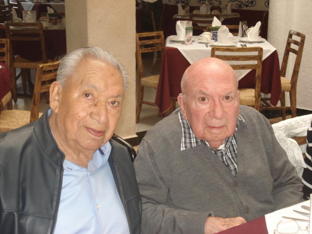 Sgto. 1/o. Arm. Ret. Fortino González Gudiño Presidente de la Asociación y Subtte. FAPA Ret. Sergio Carrillo Díaz.