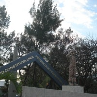 Monumento en honor a la FUERZA AÉREA EXPEDICIONARIA MEXICANA.