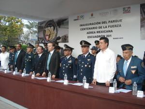 Miembros del presidium.