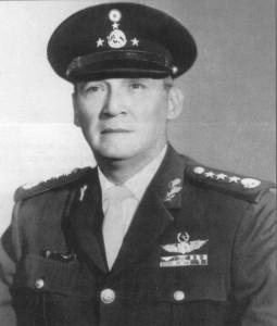 Gral. Div. P.A. DEMA  Roberto Salido Beltrán.